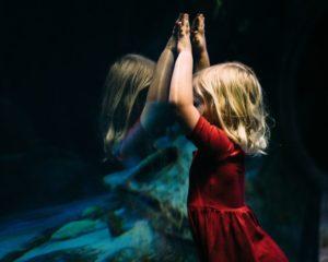 Samoocena matek determinuje obraz ciała dziewczynek już w wieku 6 lat