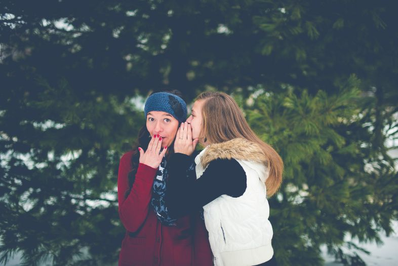 Różnice płci: Większa gadatliwość dziewczynek i kobiet to mit