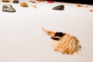 Jak lalki Barbie kształtują obraz ciała dziewczynek?